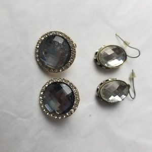 2 sets of earrings